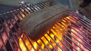 コストコの牛タン塊肉で作る低温調理&炭火焼きロースト