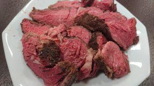 コストコのUSプライム牛肩ロース塊肉で作る低温調理&炭火焼きロースト