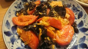 トマトとキクラゲの卵炒め