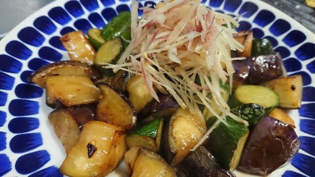 茄子ときゅうりの醤油炒め