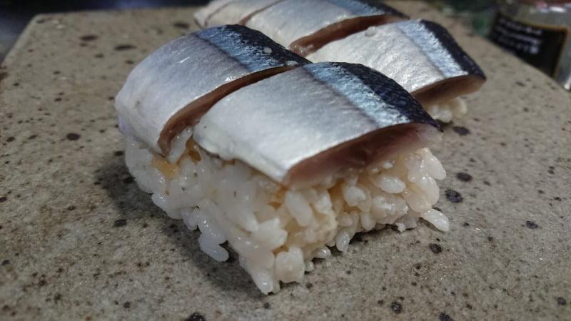 灰干し秋刀魚の押し寿司