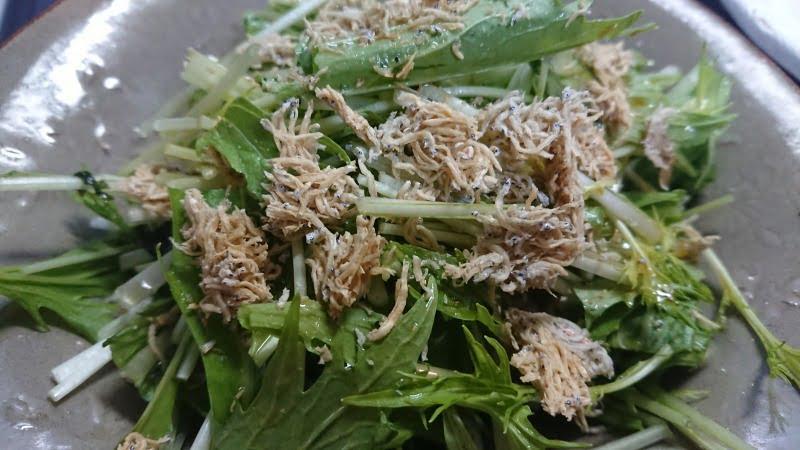 カリカリじゃこと水菜とポン酢サラダ